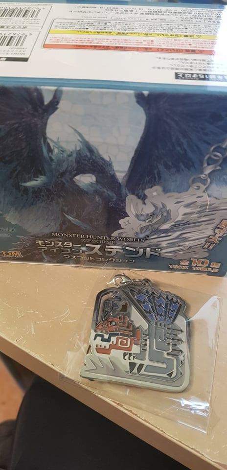 Monster Hunter World Iceborne  Icon Stained Glass Portachiavi in Metallo Anjananth Tonante ( Capcom )