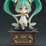 Character-Vocal-Series-01-Nendoroid-Action-Figure-Hatsune-Miku-Symphony-5th-Anniversary-Ver.-10-cm-Good-Smile-Company-1