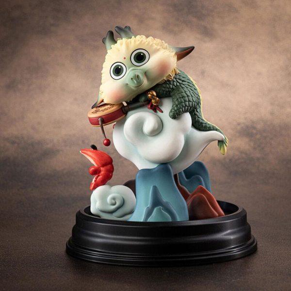 Besom x Manas SUM PVC Statue Suzerain – Rattle 13 cm ( Manas SUM )