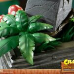Crash-Bandicoot-Statue-Mini-Aku-Aku-Mask-40-cm-8