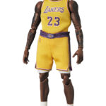 MAFEX-Lebron-James-Los-Angeles-Lakers-4