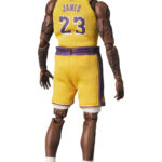 MAFEX-Lebron-James-Los-Angeles-Lakers-5