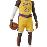 MAFEX-Lebron-James-Los-Angeles-Lakers-6