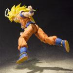 S.H.Figuarts-Dragon-Ball-Super-Saiyan-3-Son-Gokou-2